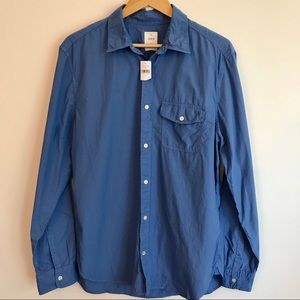 NWT GAP Lived In Button Up Shirt Pocket Large